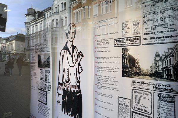 """Schaufenster-Ausstellung """"Von Ohligs nach Auschwitz"""""""